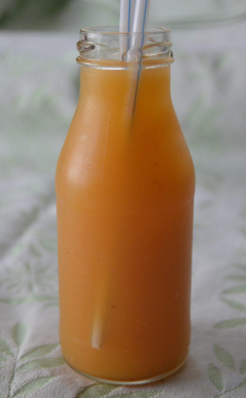 Плодов нектар с моркови